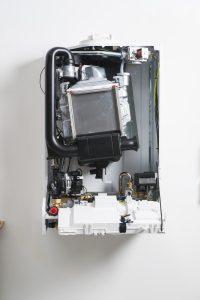 ATAG iC 24-28 combi boiler case off 1